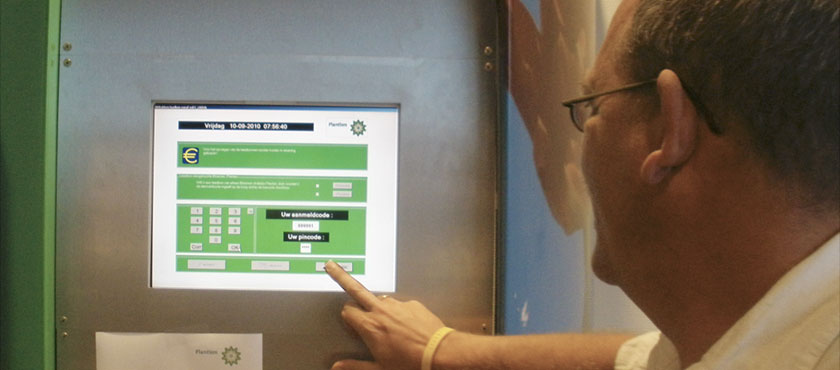 Buyers can use one of the many touch screens around the auction hall to print their loading-list.